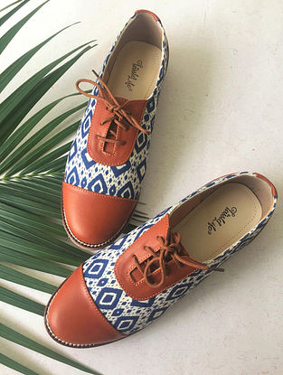 Multicolored Handcrafted Printed Faux Leather Shoes