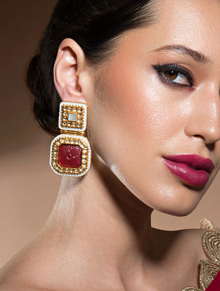 Red Gold Tone Kundan Earrings With Onyx