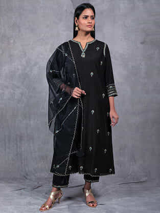 Tarika Black Embroidered Organza Dupatta