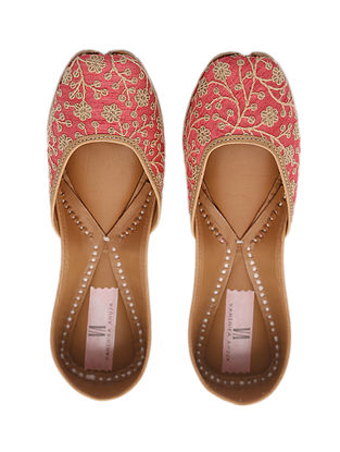 Blush Pink Handcrafted Genuine Leather Juttis
