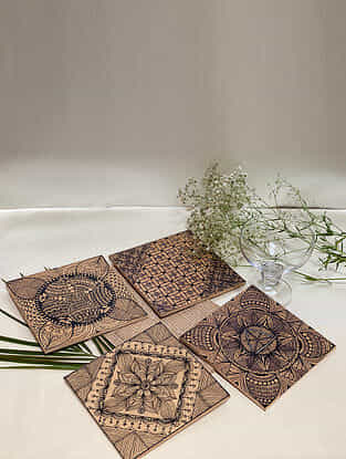 Brown Flowery Blossom Hot Plate (Set Of 4) (Dia- 6in)