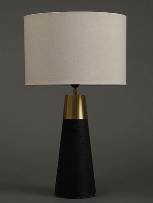 Black Table Lamp With Shade (L- 4.9in, W- 4.9in, H- 15.4in)