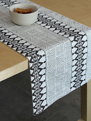 Black Handcrafted Cotton Table Runners (72inX13in))