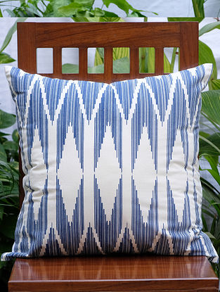 Chevron Cream And Navy Printed Cotton Cushion Cover (20in x 20in)