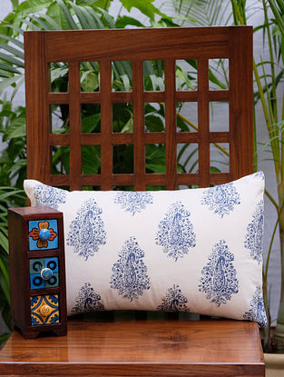 Distress Paisley Cream And Navy Cotton Cushion Cover (12in x 18in)