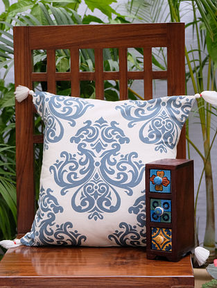 Damask Cream And Blue Cotton Printed Cushion Cover (16in x 16in)