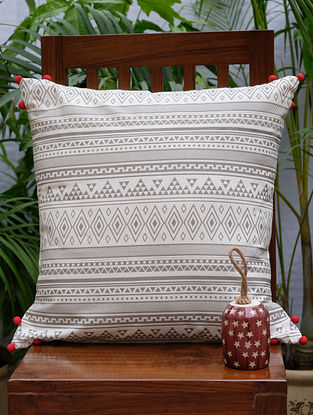 Ashkal Cream And Grey Printed Cotton Cushion Cover (20in x 20in)