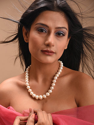 Pearl Beaded Necklace