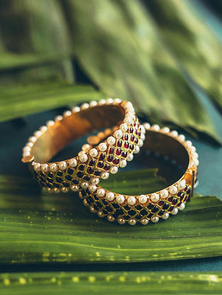 Red Gold Plated Bangles With Pearls (Size 2/4)