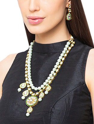Green Gold Tone Kundan Necklace And Earrings With Pearls