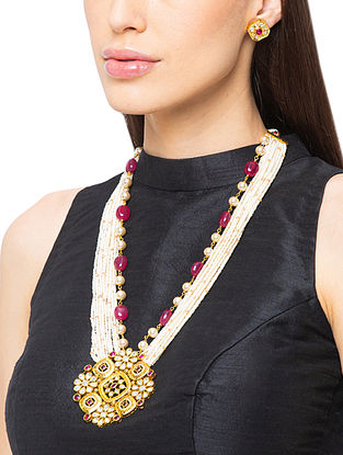 Red White Gold Tone Kundan Beaded Necklace And Earrings With Pearls And Agate
