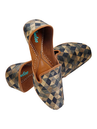 Multicolored Handcrafted Suede Leather Juttis for Men