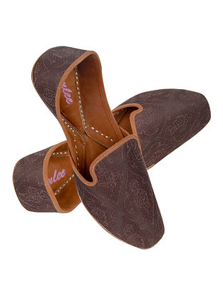 Brown Handcrafted Seude Leather Juttis for Men