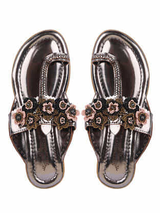 Silver Metallic Handcrafted Genuine Leather Kolhapuri Flats