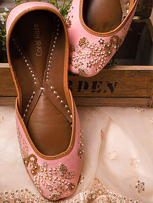 Peach Hand Embroidered Genuine Leather Juttis