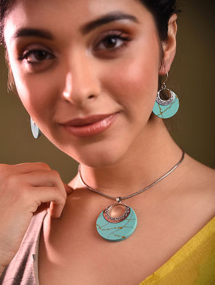 Turquoise Silver Pendant with Earrings