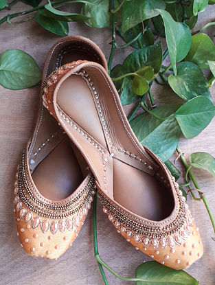 Gold Handcrafted Silk Leather Juttis