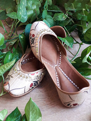 Beige Handcrafted Silk Leather Juttis