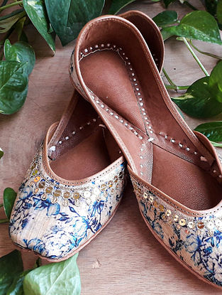 Blue Handcrafted Silk Leather Juttis
