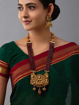 Red Gold Tone Temple Work Necklace And Earrings With Agate