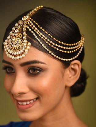 Gold Tone Kundan Mangtika With Pearls