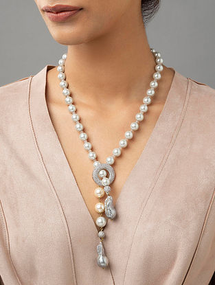 White Beaded Necklace With Pearls And Zirconia
