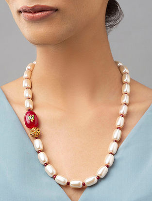 Red White Gold Tone Beaded Necklace With Pearls Onyx And Agate
