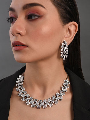 Silver Tone Handcrafted Necklace With Earrings