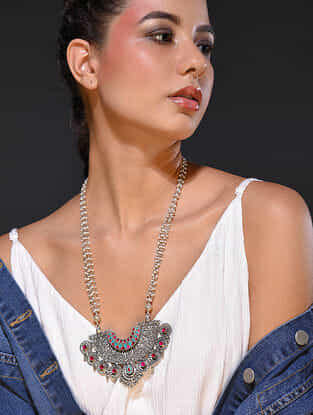Maroon Turquoise Tribal Silver Necklace with Pearls