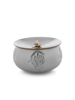 Chrysanthemun Stainless Steel Bowl (L:7.1in x W:7.1in x H:6.3in)