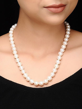 White Fresh Water Pearl Beaded Necklace