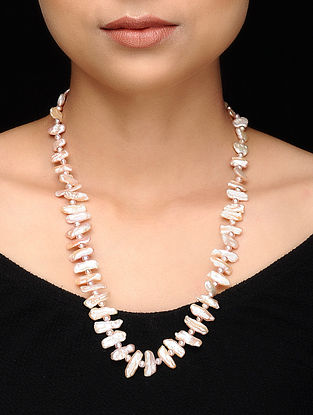White-Grey Baroque Pearl Beaded Necklace