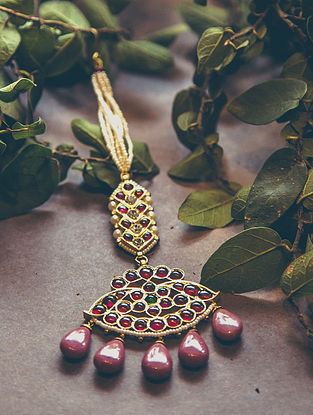 Red-Green Gold-plated Silver Maangtika with Pearls