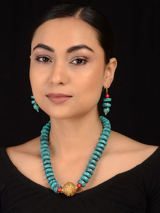 Turquoise-Red Gold Tone Necklace with Earrings (Set of 2)