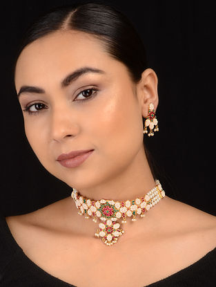 Green-Red Jadau and Pearl Choker Necklace with Earrings (Set of 2)