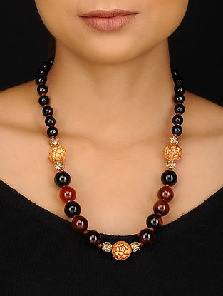 Black Maroon Gold Tone Agate Onyx and Jade Beaded Necklace