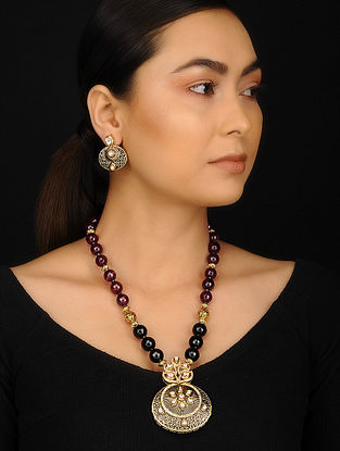 Black Wine Gold Tone Kundan Inspired Onyx and Agate Necklace with Earrings (Set of 2)
