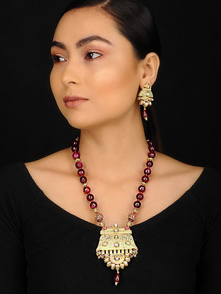 Red Green Gold Plated Meenakari Jadau and Agate Necklace with Earrings (Set of 2)
