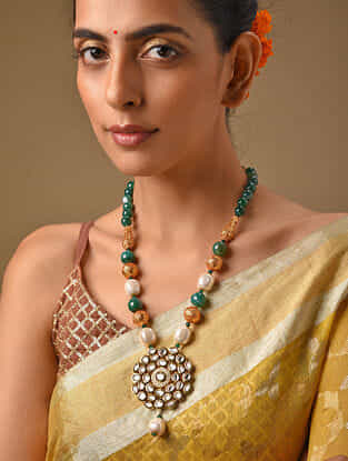 Green Gold Tone Kundan Beaded Necklace With Pearls