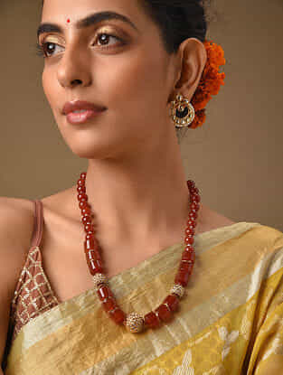 Brown Gold Tone Beaded Necklace With Kundan Earrings