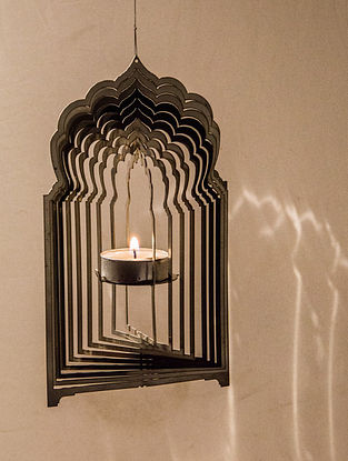 Rumi Handcrafted Stainless Steel Tea Light Holder (L:7.4in, W:4.3in, H:0.02in)