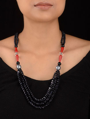 Black-Red Sandstone Pearls Onyx and Quartz Beaded Necklace