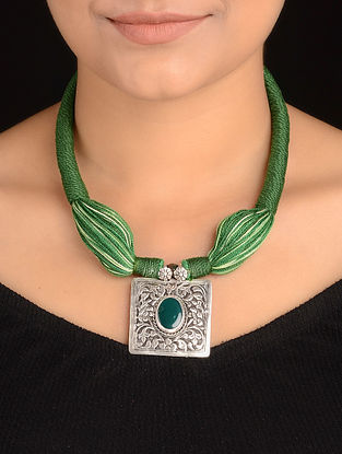 Green Agate Silver Thread Necklace with Chitari Work Pendant