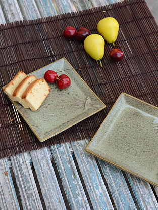 Square Plate with Dragonfly-Set of 2 5.7in x 5.7in x 0.7in