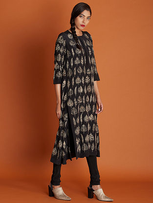 Paan Black Gold Hand Embroidered Silk Crepe Kurta