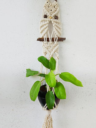 Off white Macrame Cotton Pot Holder With Wood Beads (33in x 6.5in)