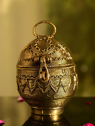 Dhokra Brass Round Box (L- 4.6in, W- 3.5in, H- 5.6in)