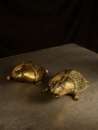 Dhokra Brass Tortoise Tabletop Accents (Set of 2) (L- 5.7in, W- 3.5in, H- 1.5in)