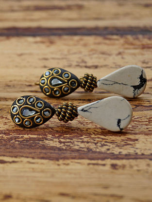 White Black Gold Tone Earrings