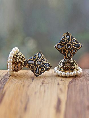 White Black Gold Tone Jhumki Earrings